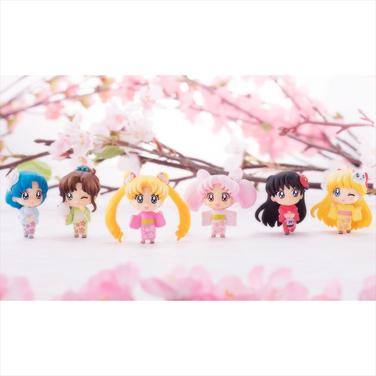 Sailor Moon - Cherry Blossom Festival Ver SINGLE BLIND BOX