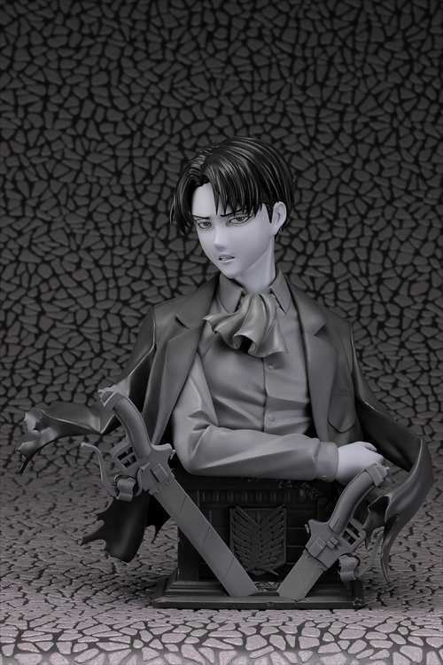 Attack on Titan - 1/3 Levi Up Figure Gray Ver. PVC Figure