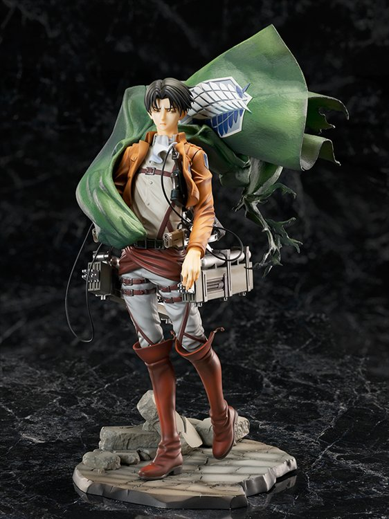 Attack On Titan - 1/7 Levi PVC Figure
