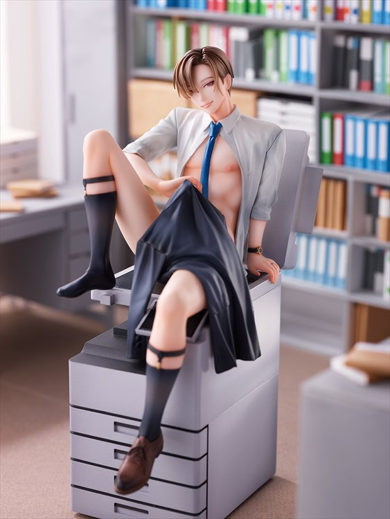 Hontoku Married Office Worker - 1/8 Niiduma Makoto PVC Figure
