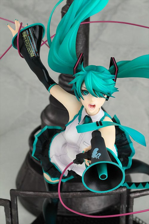 Vocaloid - 1/8 Hatsune Miku Love is War Ver Regular Edition PVC Figure