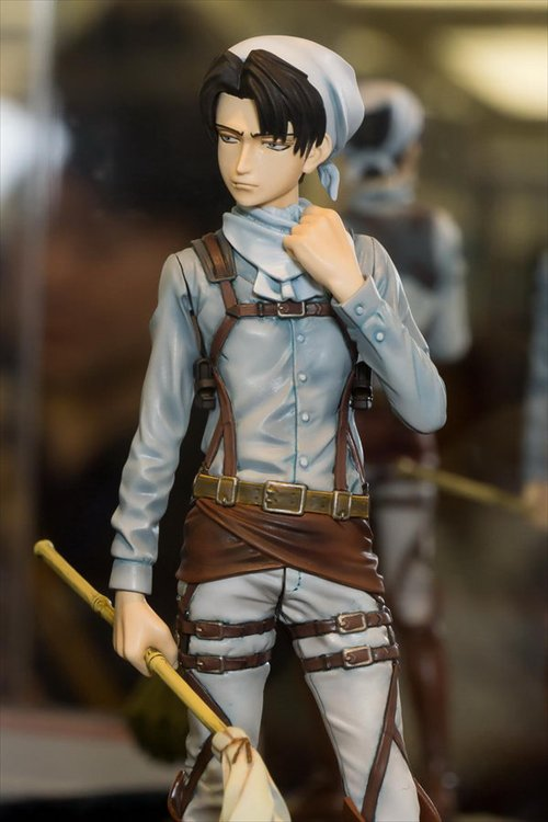 Attack on Titan - Levi Cleaning DXF Figure