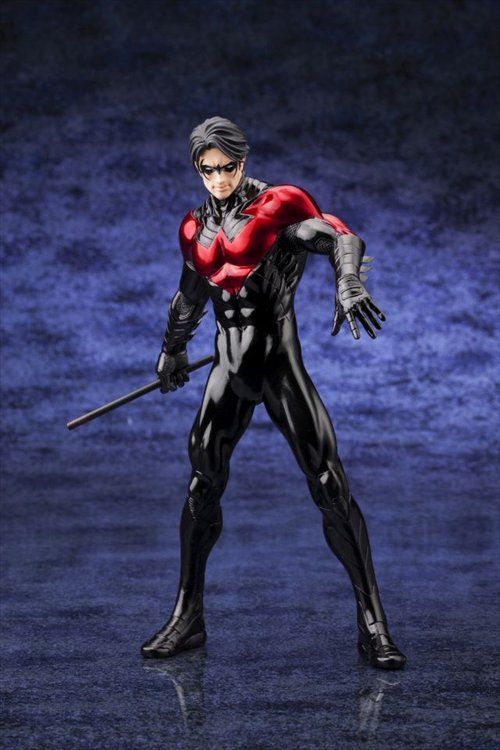 DC Comics- Nightwing New 52 ArtFx+ Statue Re-Release