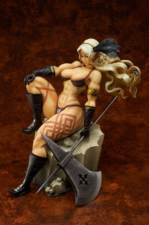 Dragons Crown - Amazon Gigantic Series Figure