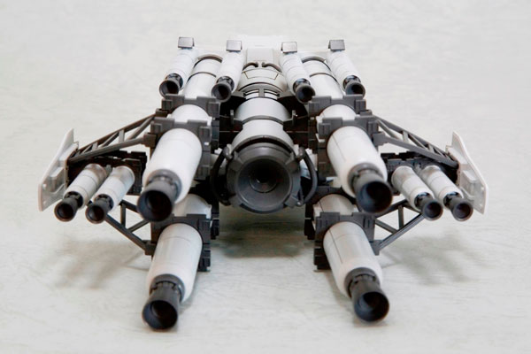 Armored Core - 1/72 Vanguard Overed Boost Model Kit