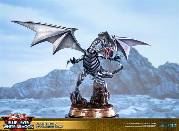 Yugioh - Non Scale Blue-eyes White Dragon Silver Variant PVC Statue